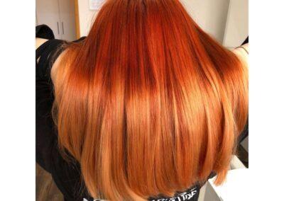 Vörös festett haj