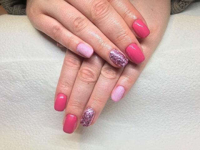 Pink csillámos műköröm